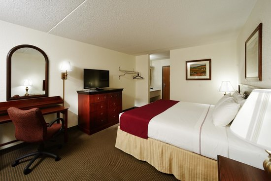 Camden Hotel & Conference Center: King