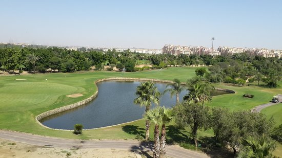 Hilton Pyramids Golf Resort: ملاعب الجولف1