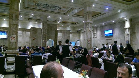 Shishlik picture of shandiz mashad tehran tripadvisor for Divan restaurant tehran