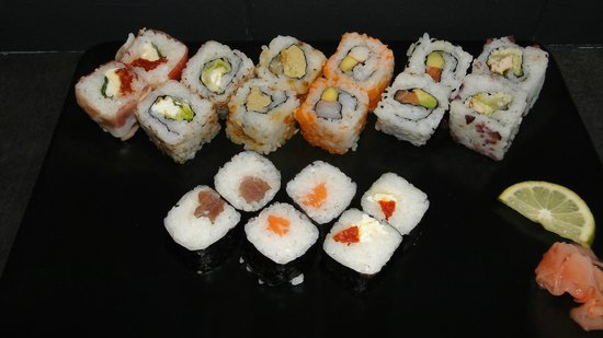 Ales, Francia: Plateau XXL froid__We love sushi