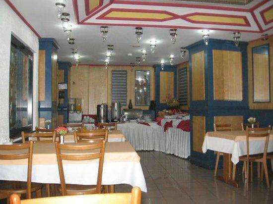 Sunlight Hotel: Café da manhã