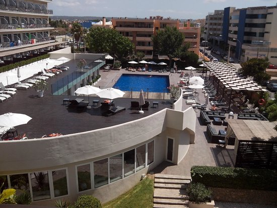 Java Hotel: piscina hotel
