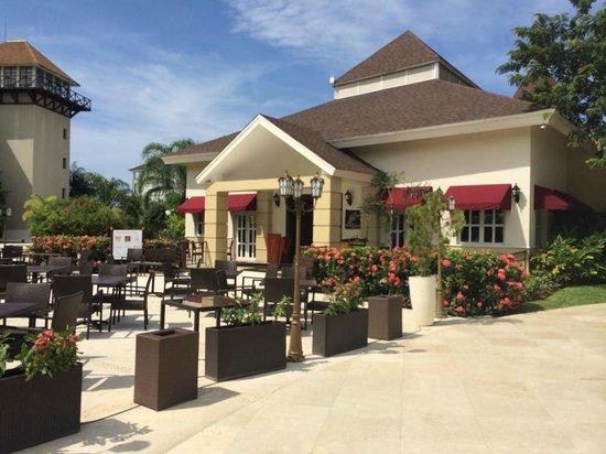 Secrets St. James Montego Bay: Food