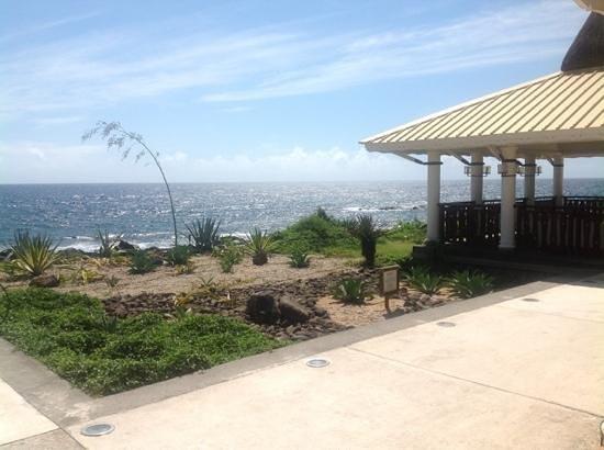 Club Med La Plantation d'Albion: zen pool deck 2