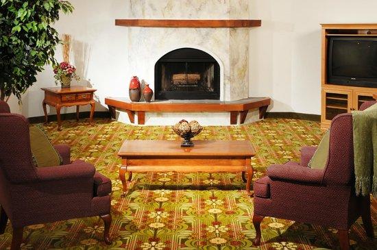 Brookwood Inn : Lobby