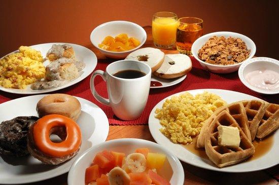Brookwood Inn : Breakfast