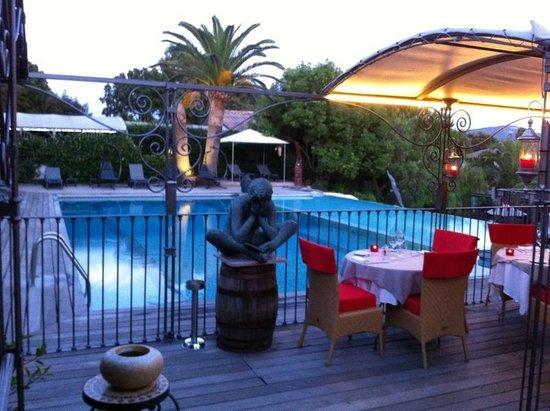 Hotel Le Roi Theodore - Relais du Silence : Terrasse du restaurant