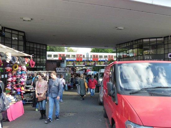 Portobello Road Market: Marked Portobello Road