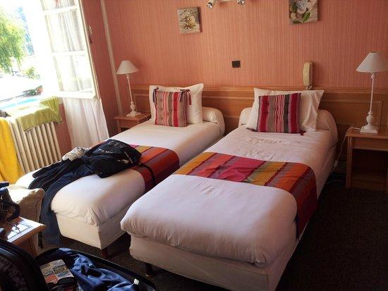 Hotel Camou