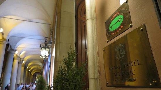 """Grand Hotel Majestic """"Già Baglioni"""": hotel entrance"""