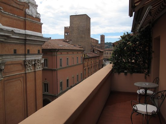 "Grand Hotel Majestic ""Già Baglioni"" : balcony daytime"