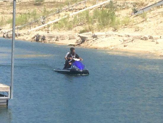 Lakeway Resort and Spa: On the lake….