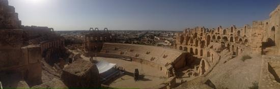 El Jem Amphitheatre: panoramic view