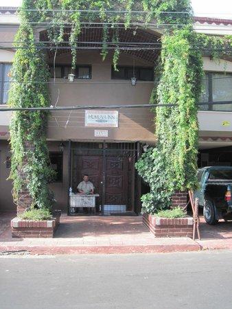 Hotel Humuya Inn: Front entrance