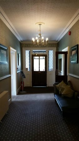 New Dungeon Ghyll Hotel: Main entrance