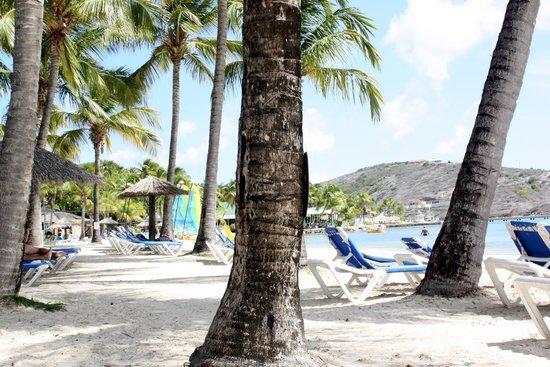 St. James's Club & Villas: Mamora Beach