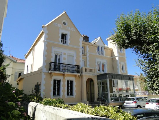 Anjou Hotel : facade de l'hotel