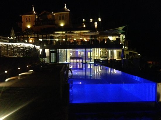Mountain Spa Resort Hotel Albion : Cool pool!
