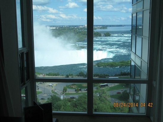 Niagara Falls Marriott on the Falls: View from the room - 14th floor