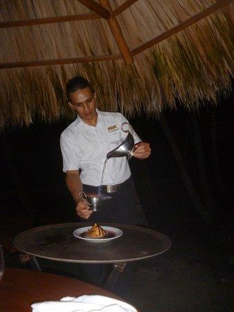 Tango Mar Beachfront Boutique Hotel & Villas: the romantic dinner