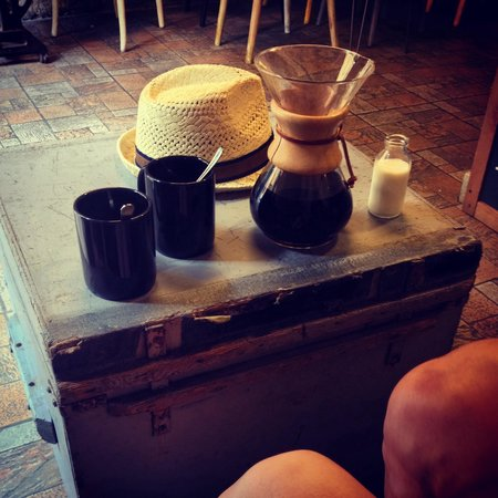 Filter Coffee Lab: my husband and I tried the chemex coffee as we've never had it before. I love the decor and inte