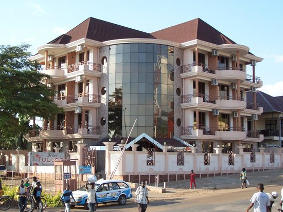 Tulipe hotel prices reviews bujumbura burundi for Aparthotel jardin tropical bujumbura