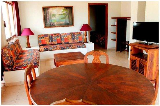 Hotel Torre de Oro: Sala de Suite