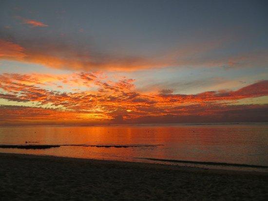 Victoria Beachcomber Resort & Spa: Gorgeous sunsets