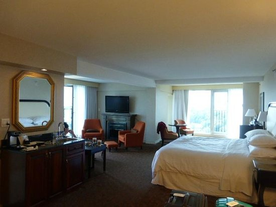 Sheraton on the Falls : Room/suite