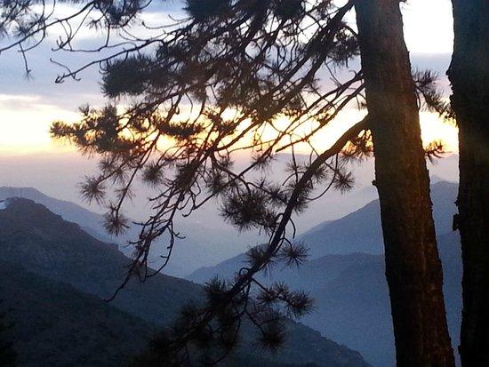 Hotel Posada de Farellones: Por de Sol divino
