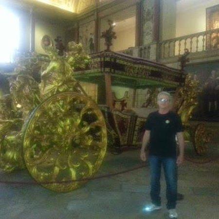 Museu Nacional dos Coches : museu dos coches