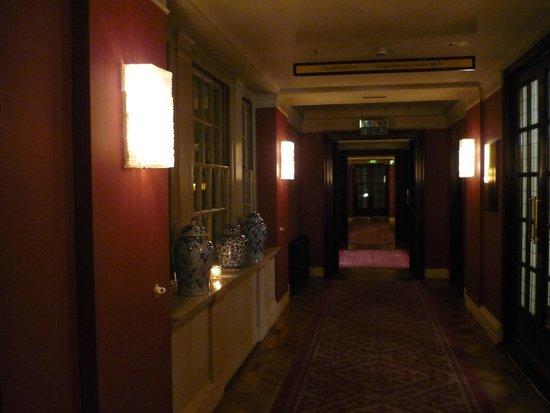 The Bloomsbury: Pasillo planta baja