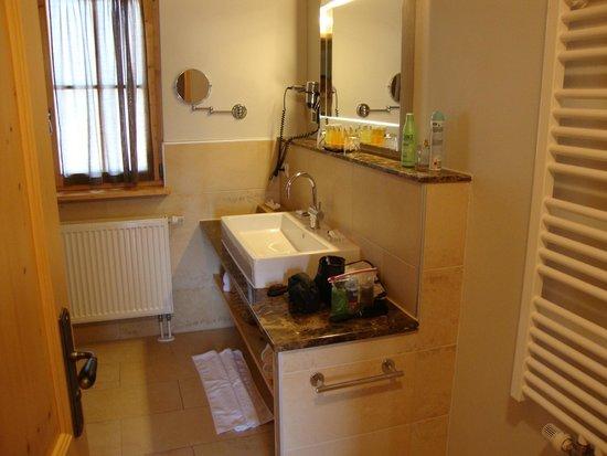 Club Med Pragelato Vialattea : salle de bain