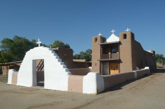 Taos Pueblo : la chiesa