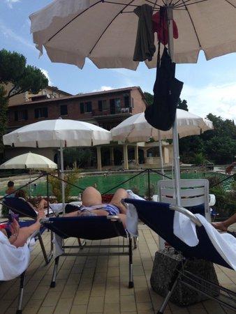 Albergo Posta Marcucci: piscina