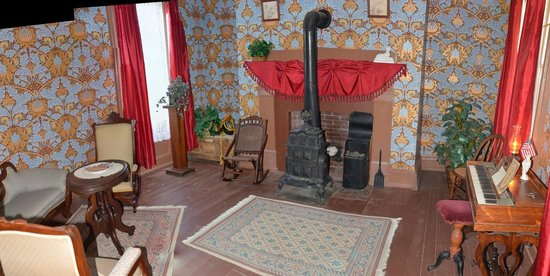 Fort Hays State Historic Site: room in house