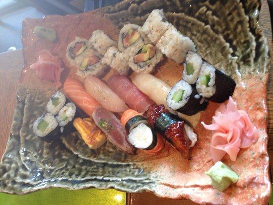 Restaurant Yoshi: assortiment sushis / makis