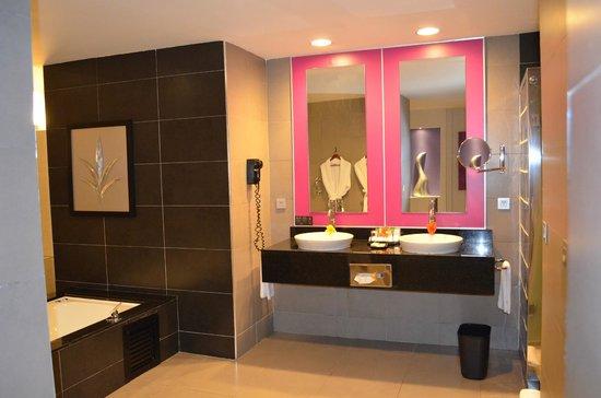 Hotel Riu Palace Bavaro: Baño