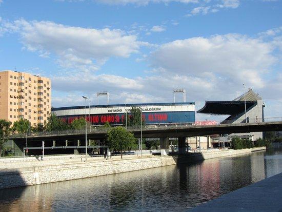 Parque Madrid Río: Стадион Атлетико Мадрид