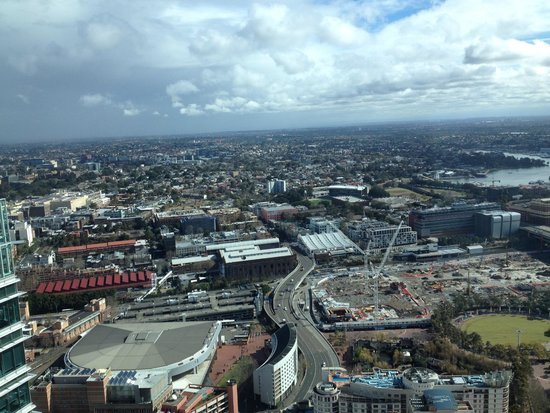 Meriton Suites World Tower, Sydney : Couldn't get over that view!