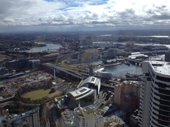 Meriton Suites World Tower, Sydney : Darling Harbour from our room