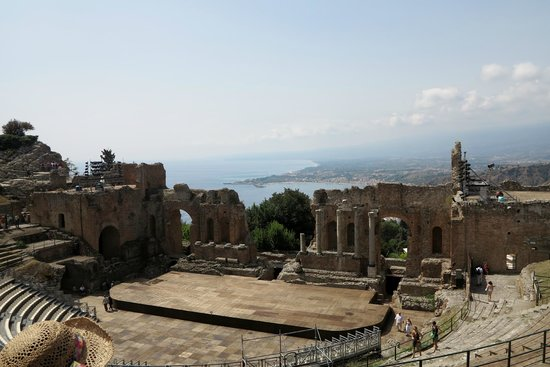 Teatro Greco: Greek Amphitheater
