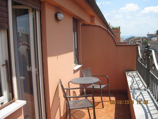Hotel Diana Roof Garden: balcony