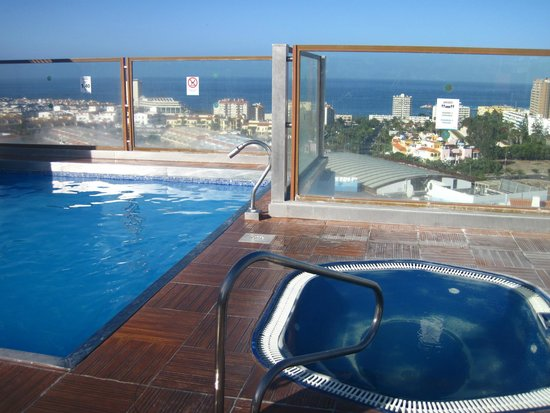 Paradise Park Fun Lifestyle Hotel: Roof top Adults Only pool and view.