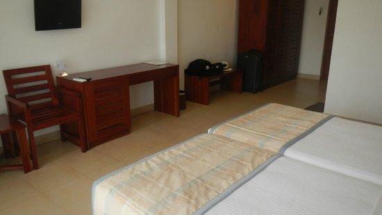 Pelwehera Village Resort: Habitación 1