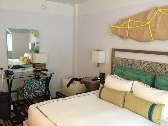 Kimpton Surfcomber Hotel : camera doppia