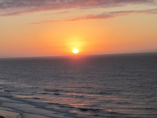 Embassy Suites by Hilton Myrtle Beach-Oceanfront Resort: Sunrise