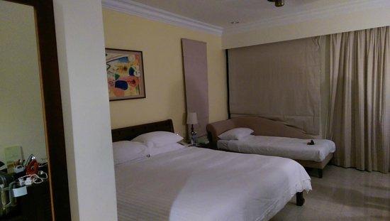 Berjaya Langkawi Resort - Malaysia: Inside Premier chalat