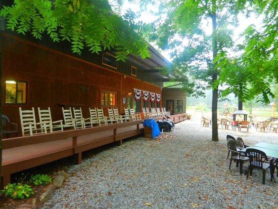 Iron Horse Motorcycle Lodge : Relax on the back porch in one of the many rocking chairs