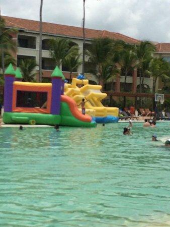 Juegos Inflables Para Los Ninos Picture Of Now Larimar Punta Cana
